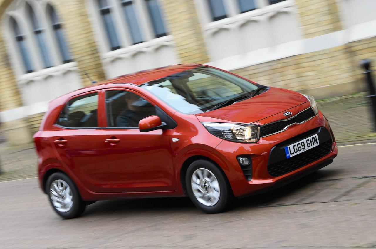 Kia Picanto front tracking - 69 plate